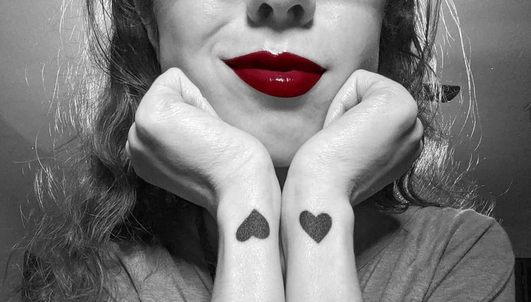 Tatouages de poignets à petit cœur Zeikinn