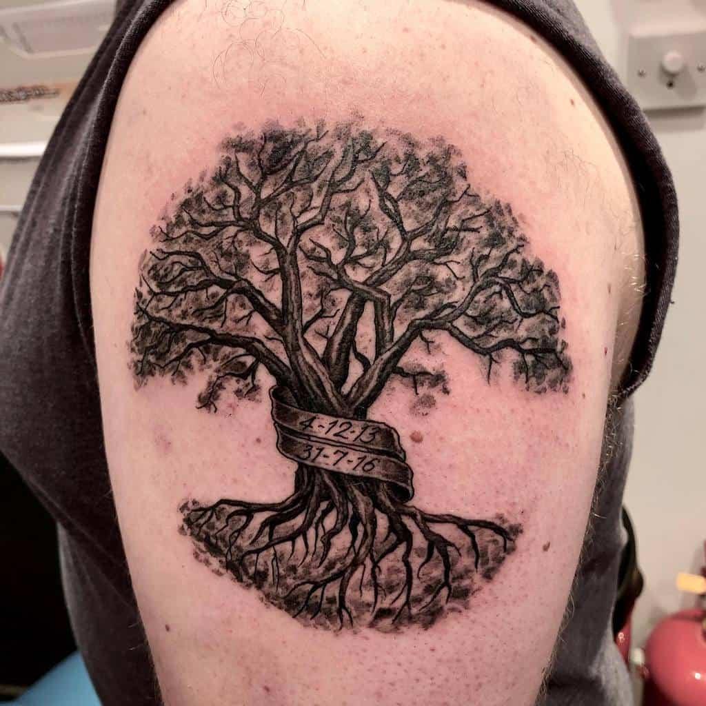 Un bras en plus, un bras en moins Tatouages Tribalisme