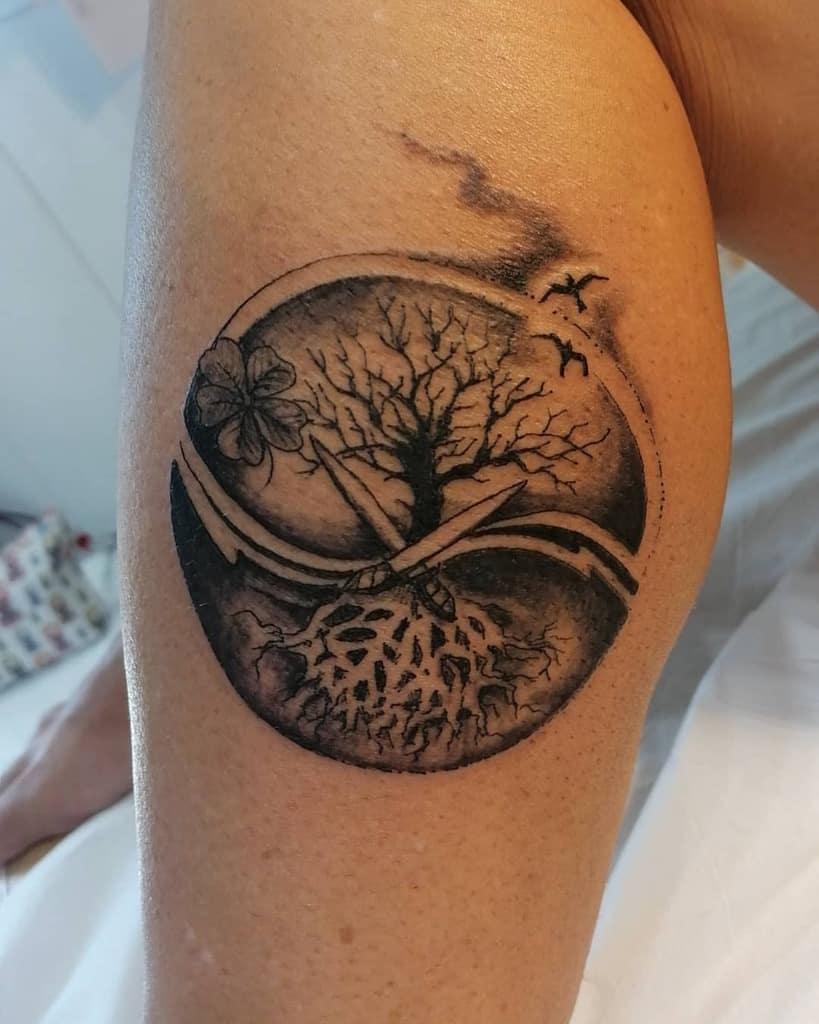 blackwork comme ci-dessus donc en dessous des tatouages annyladyline
