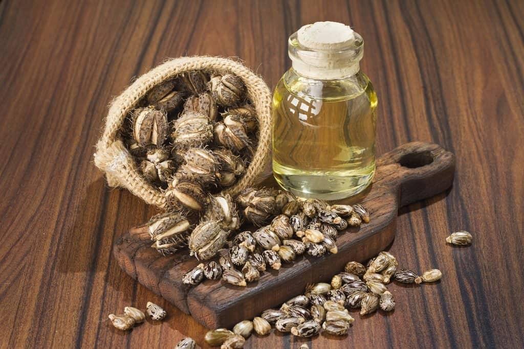 L'huile de ricin pour la croissance de la barbe