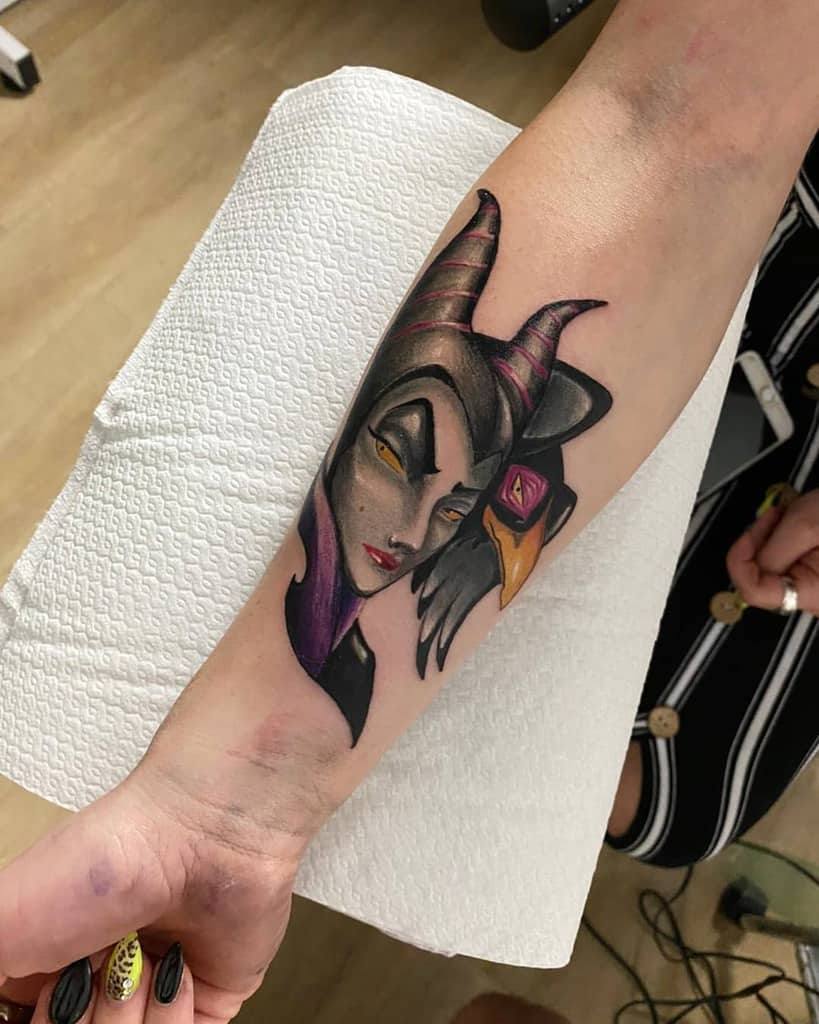Tatouages maléfiques de l'avant-bras Mirko Gafa
