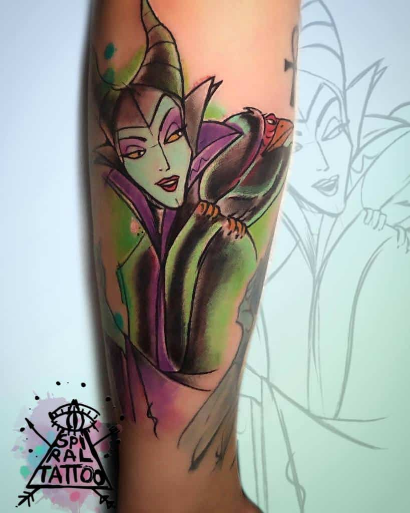 Tatouages maléfiques colorés à l'aquarelle Sofiaspiral