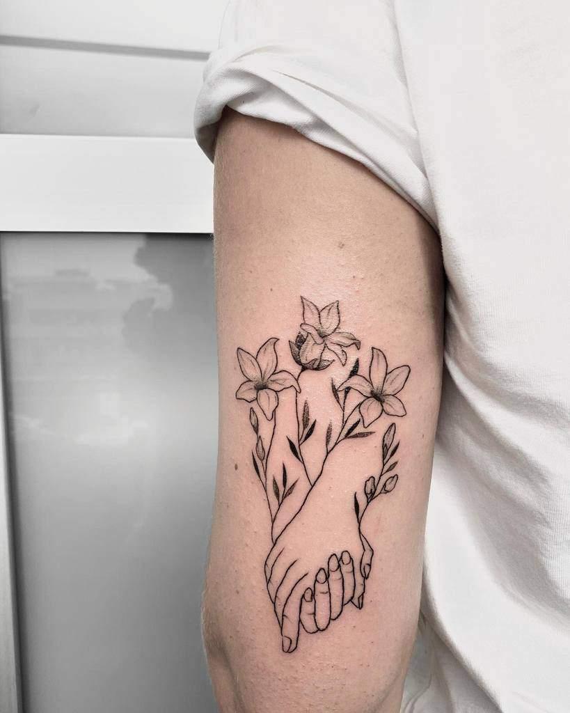 Tatouages de fleurs de jasmin sur les bras Fabbr.art