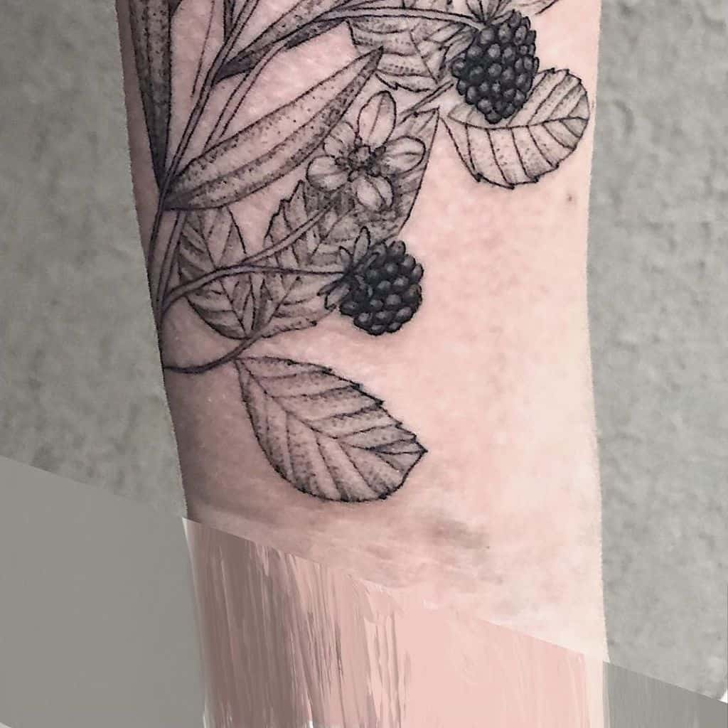 blackwork jasmine flower tattoos amor.sui.tattoo