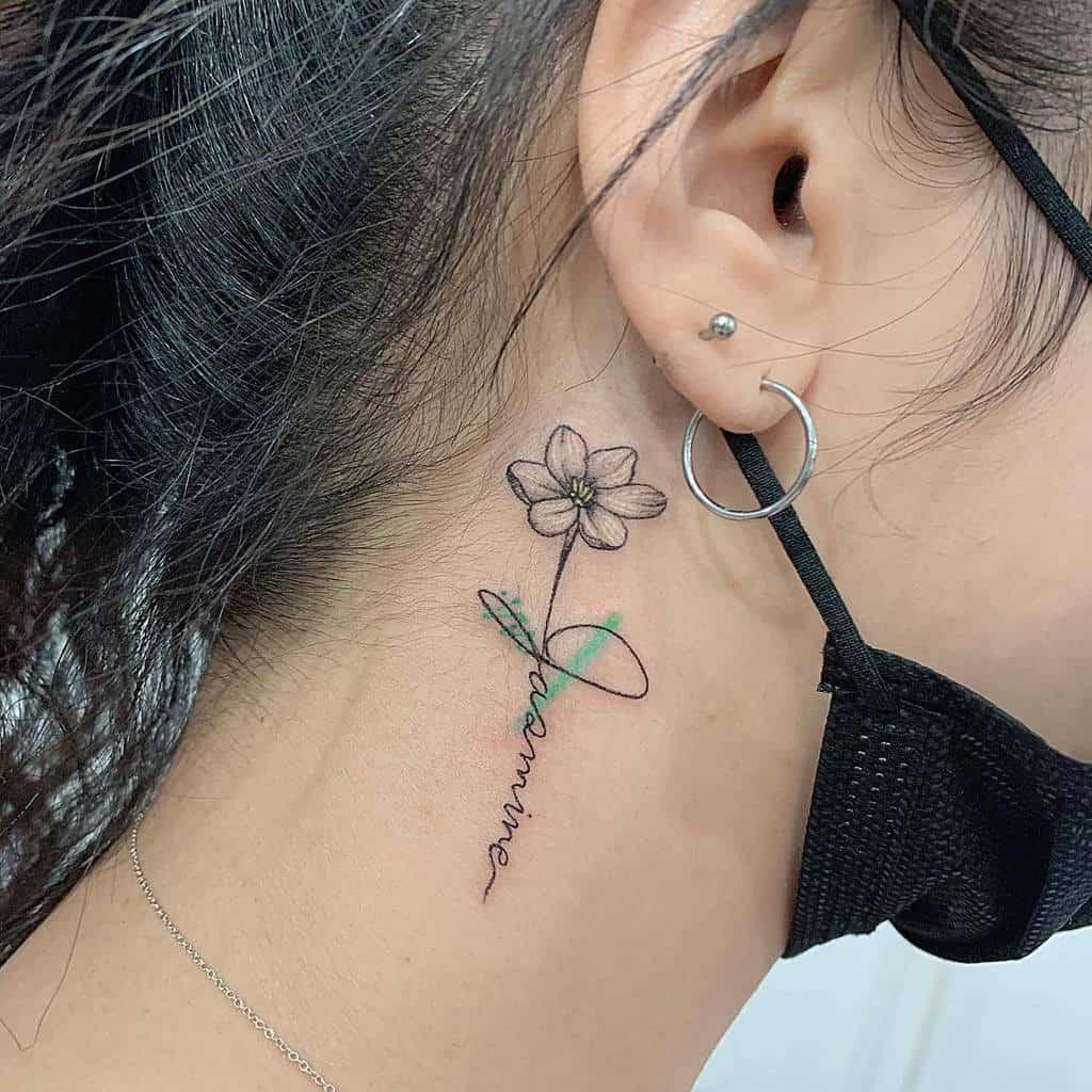Tatouages minimalistes de fleurs de jasmin Tatoueur Nana