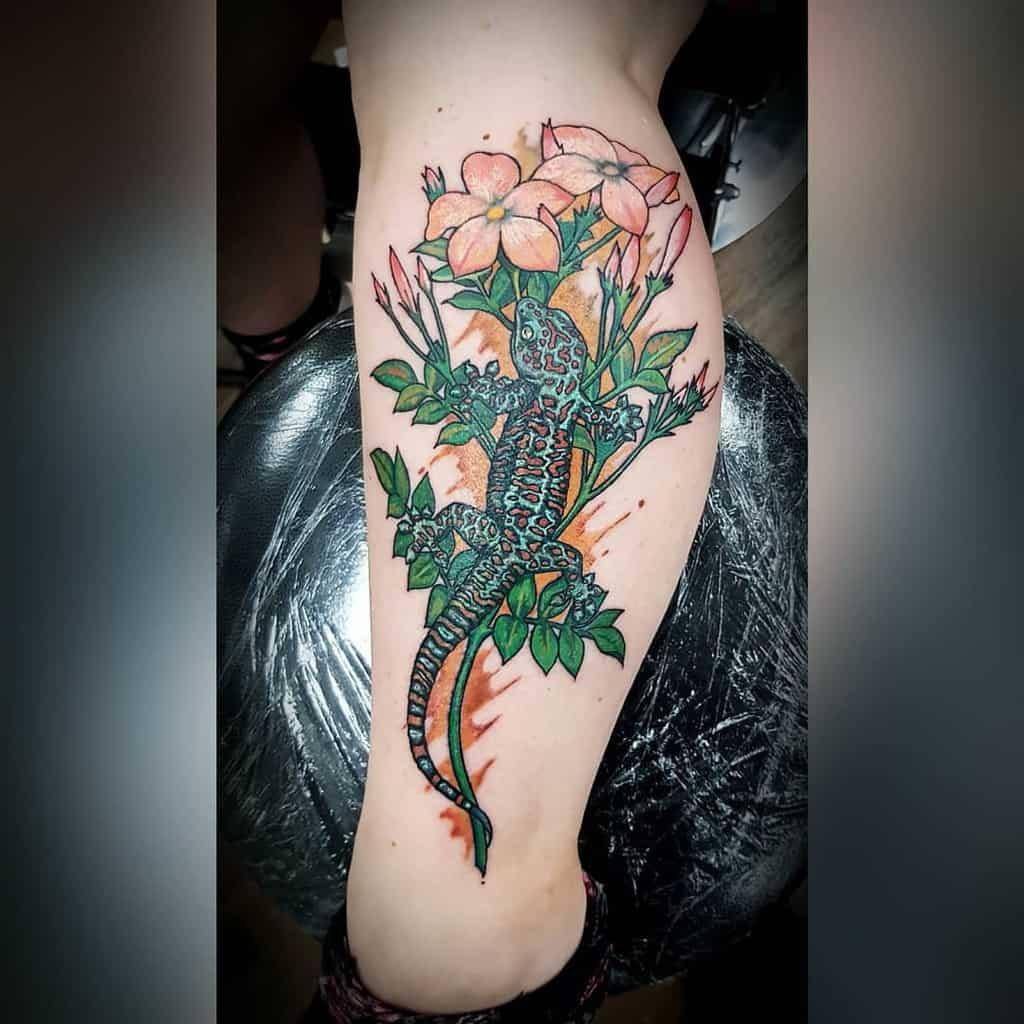Tatouages de fleurs de jasmin à l'aquarelle vjs_inks
