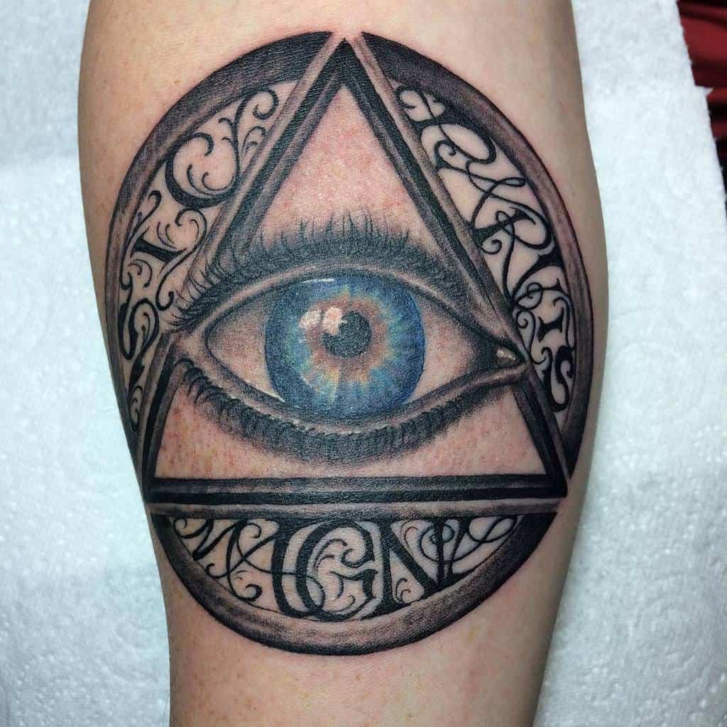 Blackwork Sic Parvis Magna Tatouages Art Of Damage