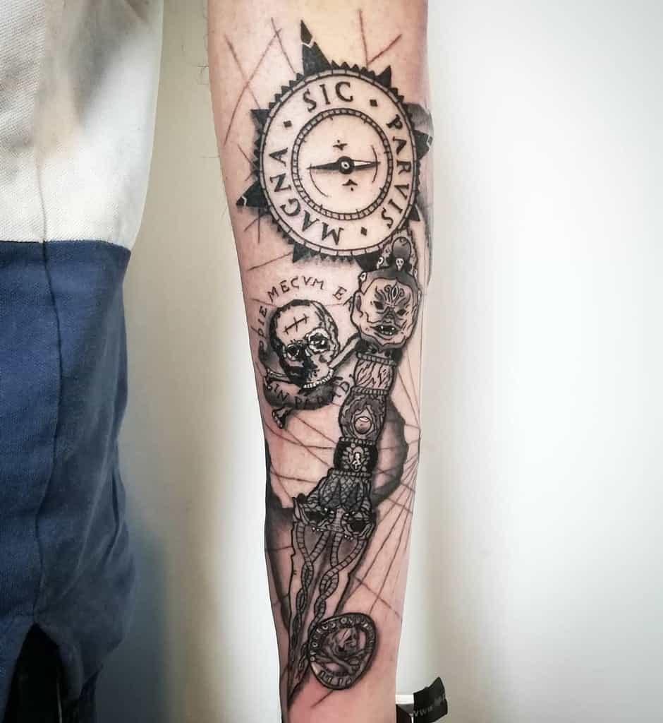 Blackwork Sic Parvis Magna Tattoos Minastattoopt