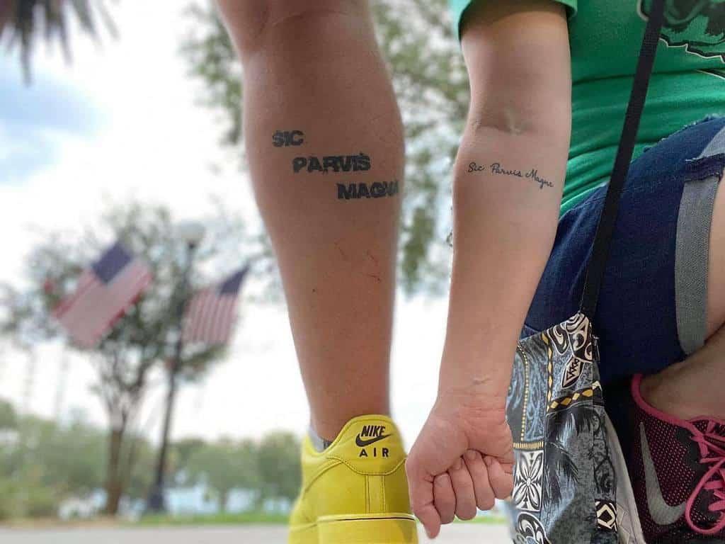 Blackwork Sic Parvis Magna Tattoos Jensoto88