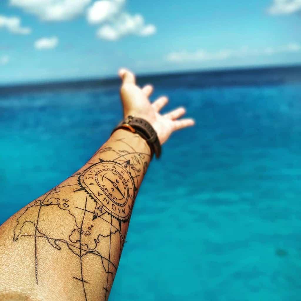 Tatouages de l'avant-bras Sic Parvis Magna Ailtonsampaiojr