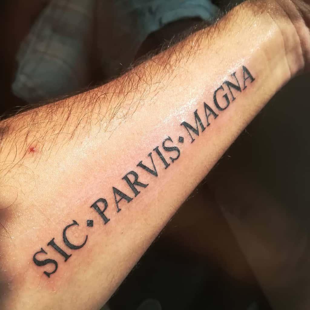 Tatouages Sic Parvis Magna Avant-bras Kevtheforeigner