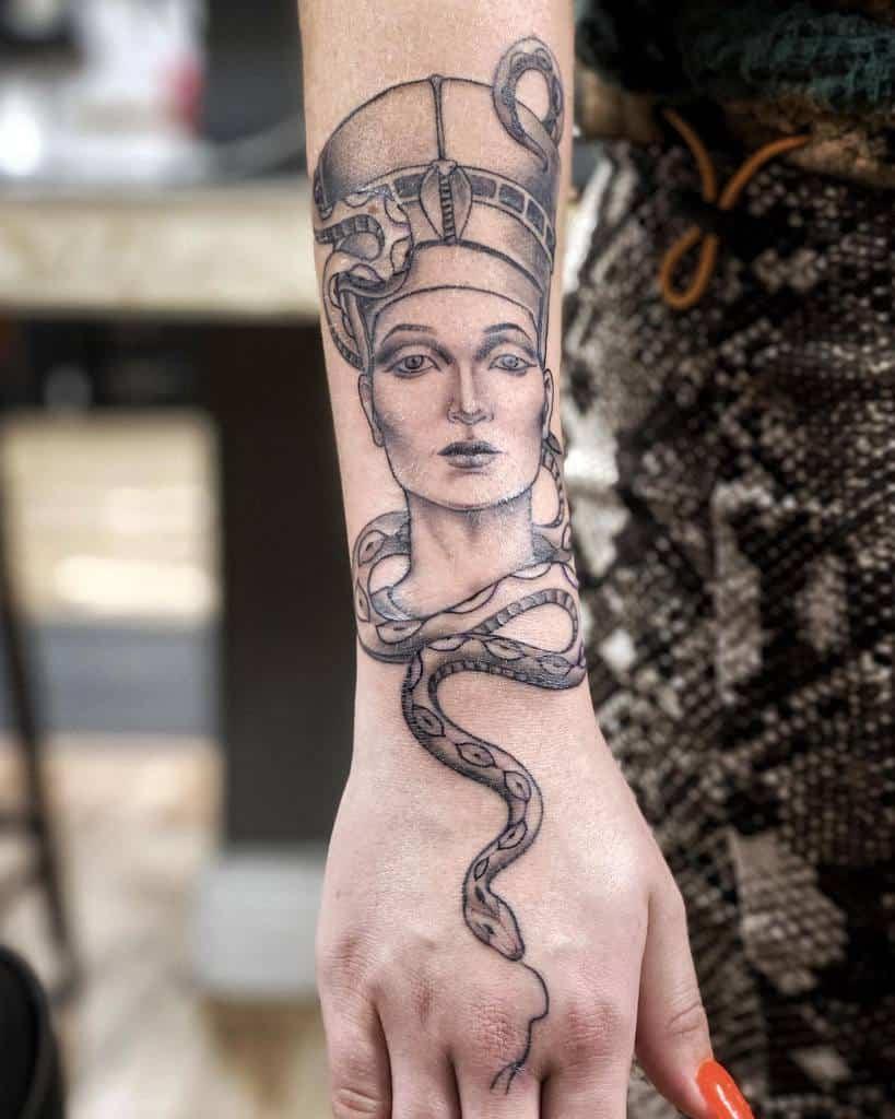 Tatouages d'avant-bras Nefertiti Tatouage Geme