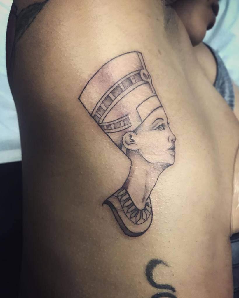 Côté Nefertiti Tattoos Garza Sani