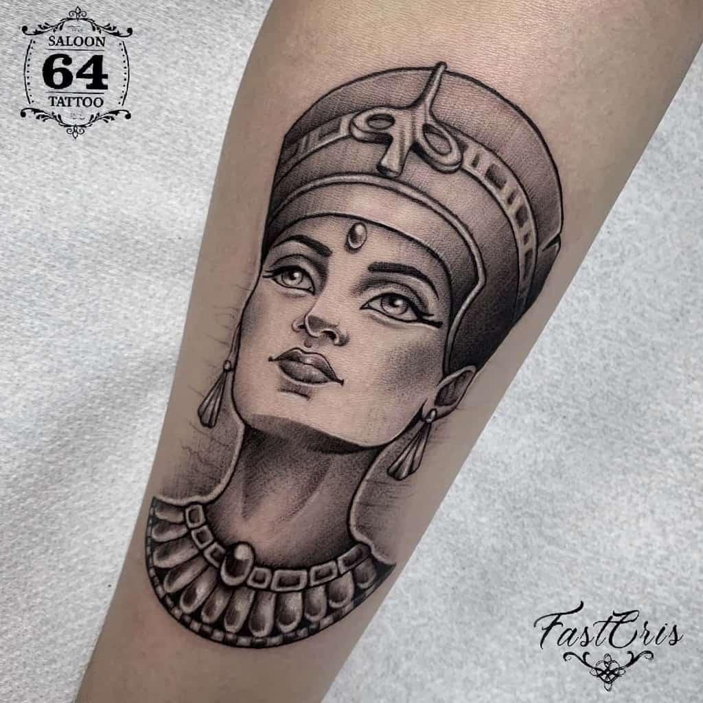 Salon Simple Nefertiti Tattoos64tattoo