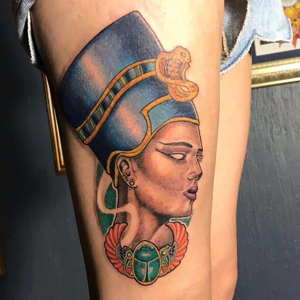 Tatouages Néfertiti à l'aquarelle Crix Vila