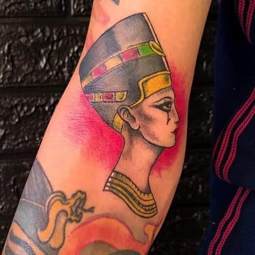 Tatouages Néfertiti à l'aquarelle Glaubertattoos