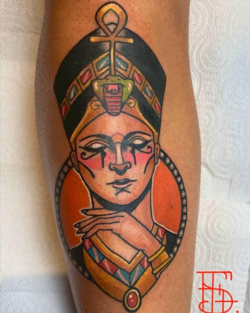 Tatouages de Néfertiti à l'aquarelle Franky Sanchz