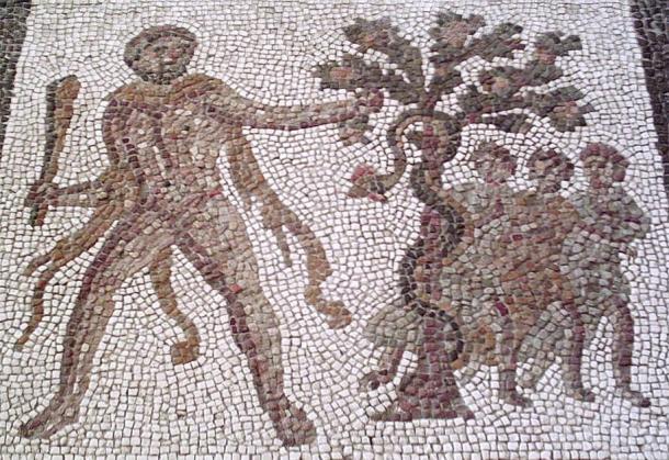 Hercule volant les pommes d'or du jardin des Hespérides. (Zaqarbal / CC BY-SA 3.0)