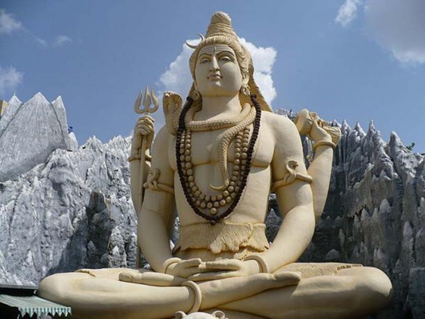 Statue de Shiva au temple de Kempfort Shiv, Bangalore. (CC BY SA 3.0)