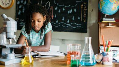 Aider votre enfant souffrant de dépression à réussir à l'école
