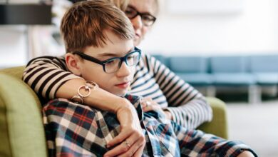 Comment aider les enfants atteints du syndrome de la Tourette à l'école