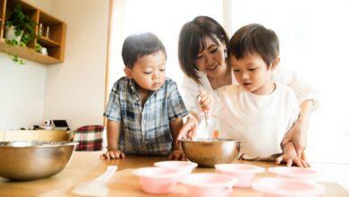 Comment créer des rôles pour les enfants tout en cuisinant ensemble