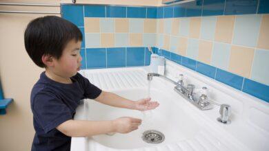Comment enseigner le lavage des mains aux enfants d'âge préscolaire