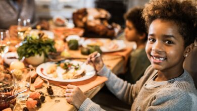 Comment faire en sorte que l'heure des repas soit importante dans votre famille
