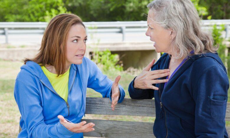 Comment gérer les relations difficiles entre mère et fille