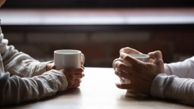Comment le langage de l'amour de qualité du temps influe sur votre relation