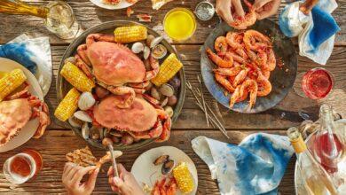 Comment organiser un festin de fruits de mer à la maison