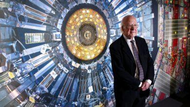 Découverte du champ de Higgs derrière la particule de Dieu