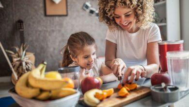 Donner aux enfants des tâches ménagères adaptées à leur âge