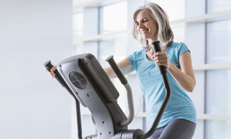 Entraînement intense à intervalles elliptiques pour brûler des calories