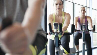 Intervalles de haute intensité avec l'entraînement croisé Pilates