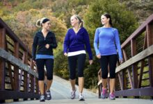 Marcher 30 minutes par jour permet de garder la graisse