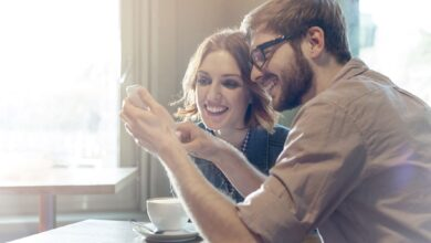 Photo de Avantages et risques des applications telles que « Happy Couple » (couple heureux)