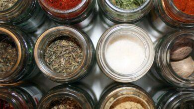 Recettes de base pour la préparation de mélanges d'épices faits maison