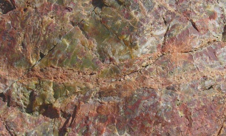 Traduction des noms de minéraux en pierres précieuses et retour