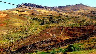 Photo de Preuve que l'arche de Noé a atterri sur une montagne à 17 miles au sud d'Ararat