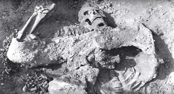 Les restes découverts à la grotte de Lovelock ont disparu. (Les géants de la grotte Lovelock / YouTube)