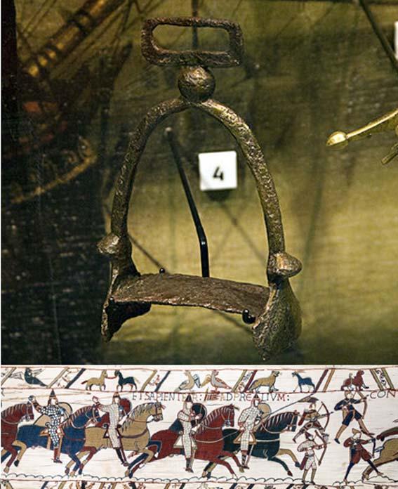 Européen, étrier du Xe siècle (CC BY SA 3.0) et Tapisserie de Bayeux - Scène 51 (extrait)- La bataille d'Hastings : Chevaliers et archers normands.