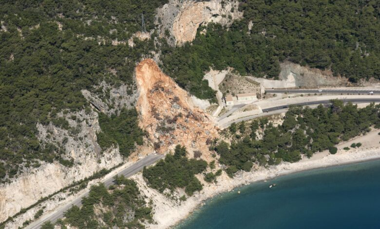 Différentes formes et tailles de glissements de terrain