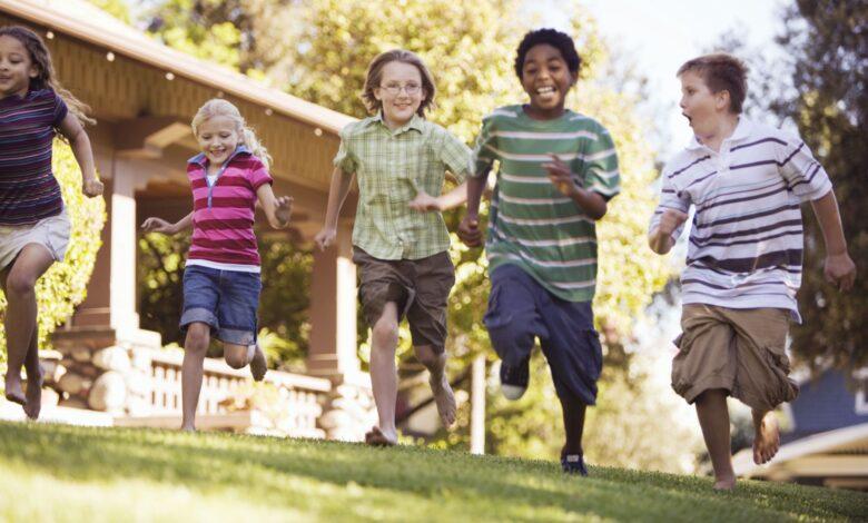 Identifier les comportements extravertis chez les enfants