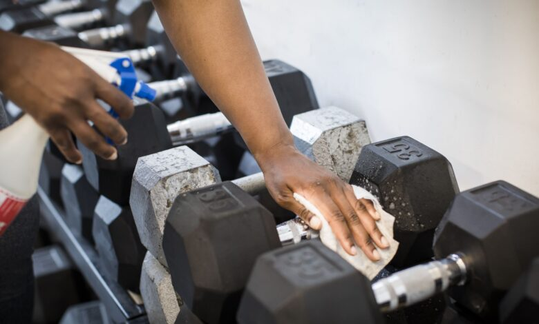 Photo de La meilleure façon de nettoyer votre équipement d'exercice