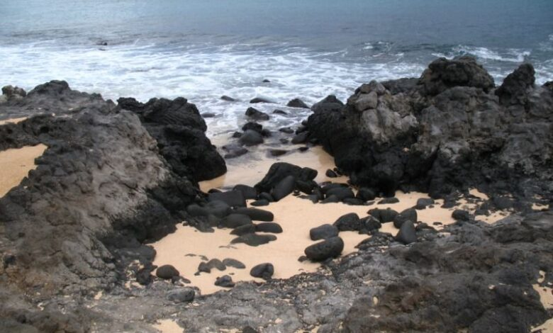 Le diagramme ternaire du PAQ est utilisé pour classer les roches ignées