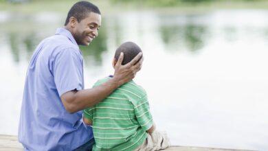 Les stéréotypes du père mauvais payeur et la pension alimentaire non payée pour les enfants
